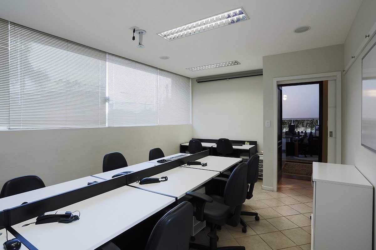 STB10 | Office Inn