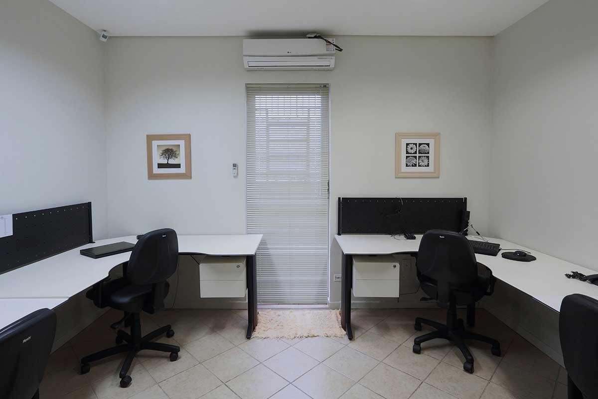 STB04 | Office Inn
